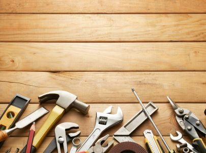 Advantages of Hiring a Professional Carpenter Compared to DIY